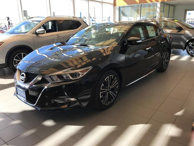2017 Nissan Maxima - No Image