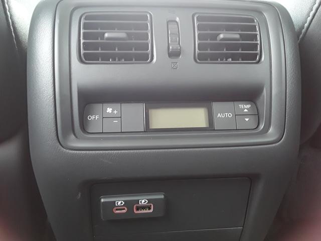 2019 Nissan Pathfinder (57059)