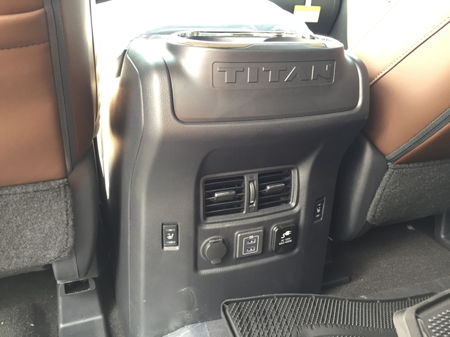 2019 Nissan Titan (57103)