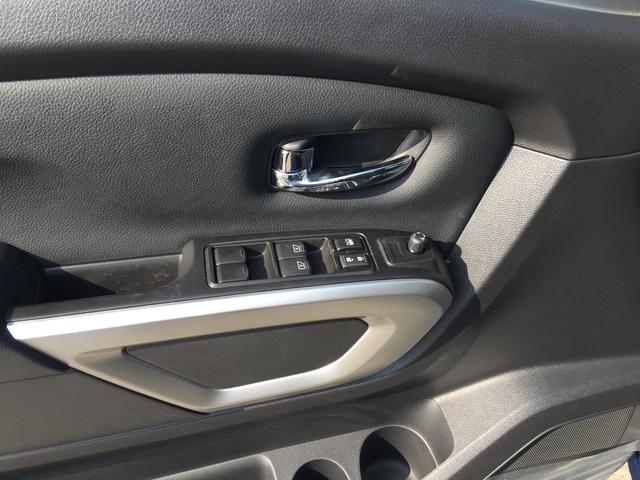 2019 Nissan Titan (57136)