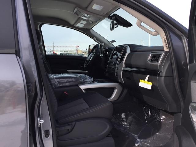 2021 Nissan Titan (57551)