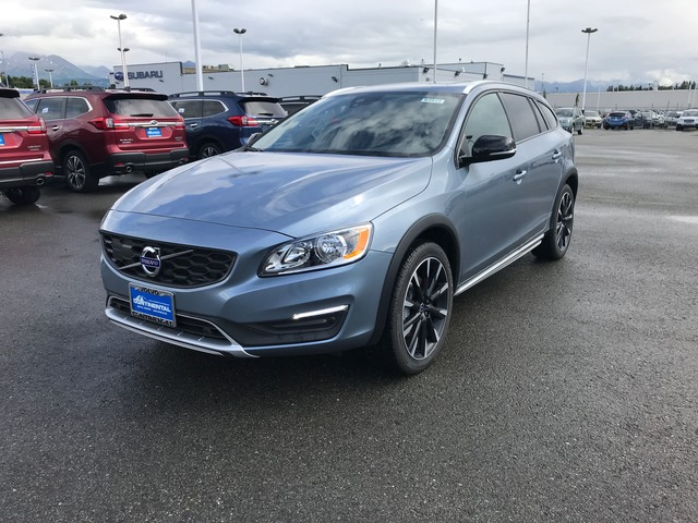 2017 Volvo V60 Cross Country 63910