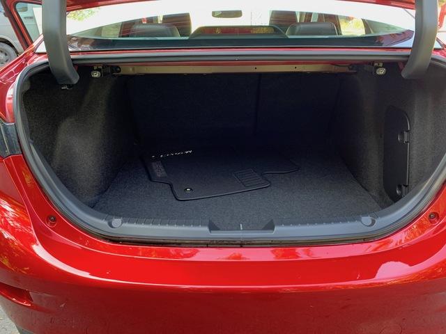 2018 Mazda Mazda3 4-Door (66066)