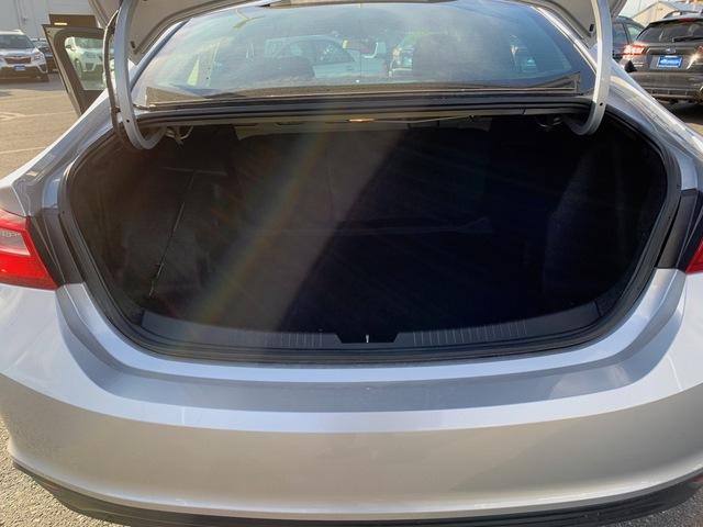 2017 Chevrolet Malibu (U11336)