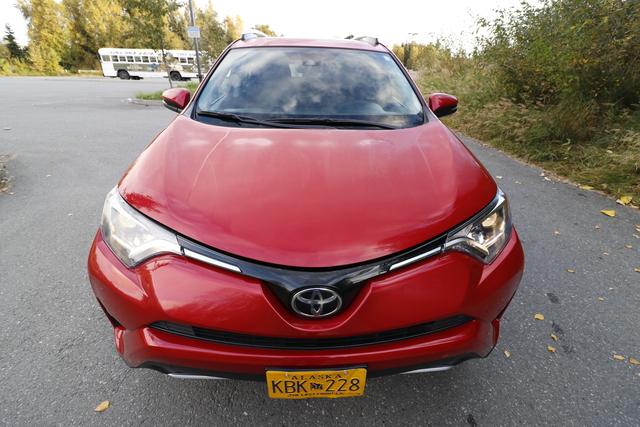 2017 Toyota RAV4 (U11403)