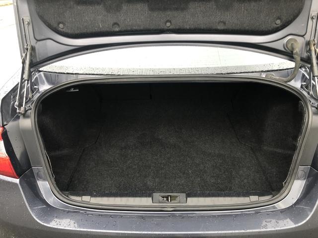 2017 Subaru Legacy (U11512)