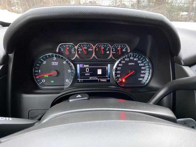 2018 Chevrolet Suburban (U11545)