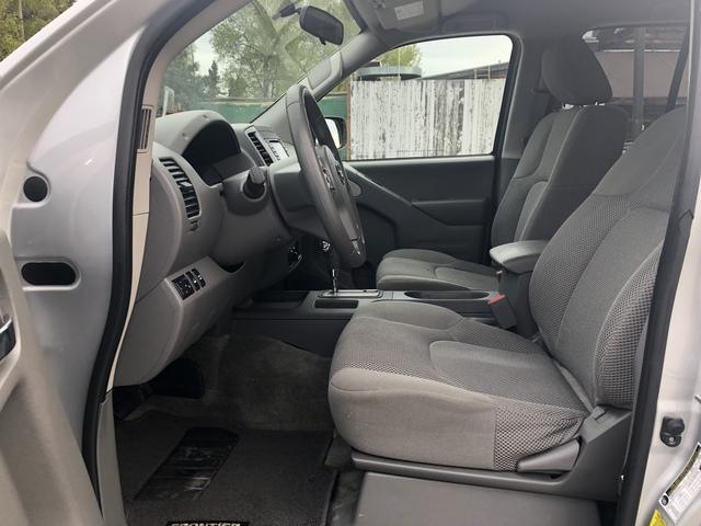 2017 Nissan Frontier (U2022)