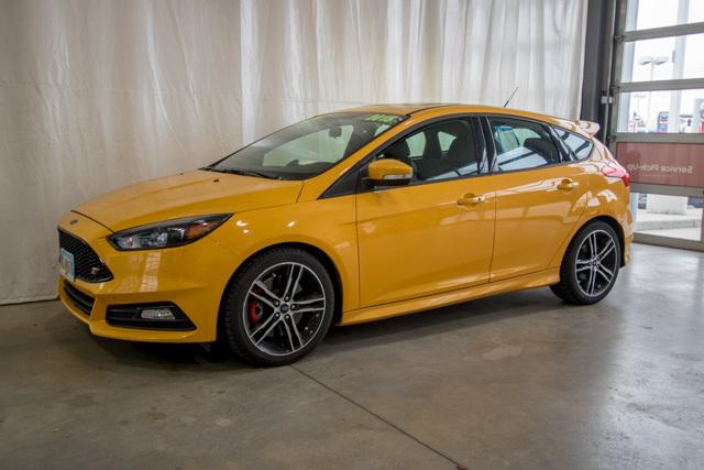 2015 Ford Focus (U29202-1)