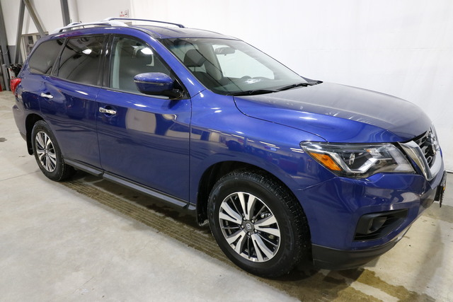 2017 Nissan Pathfinder U4957