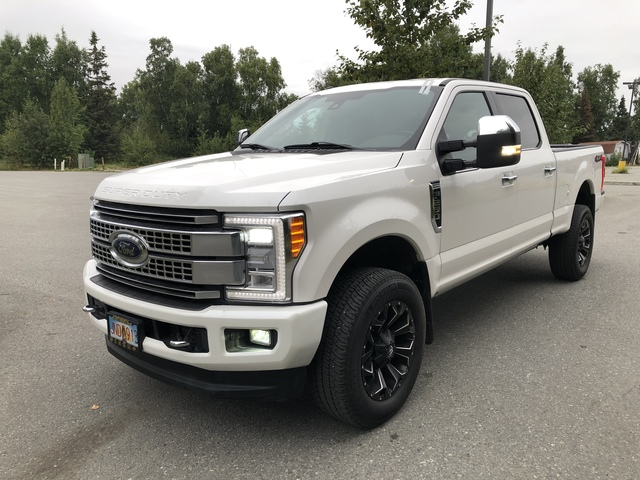 2017 Ford Super Duty F-250 SRW U57029-1