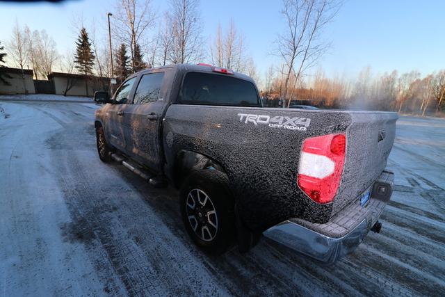 2016 Toyota Tundra 4WD Truck (U63851-3)