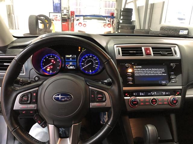 2016 Subaru Outback (U66121-1)