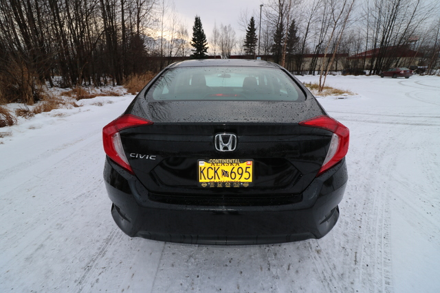 2017 Honda Civic Sedan (U66311-1)