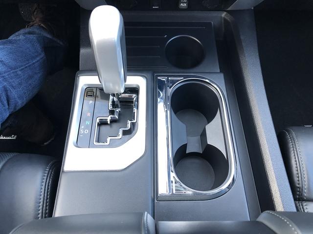 2017 Toyota Tundra 4WD (U66335-1)