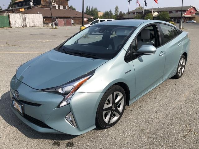 2016 Toyota Prius U66886-1