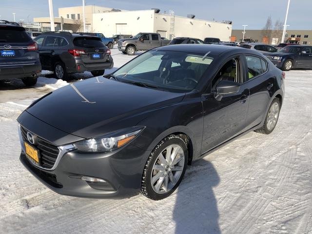2017 Mazda Mazda3 4-Door U67250-1