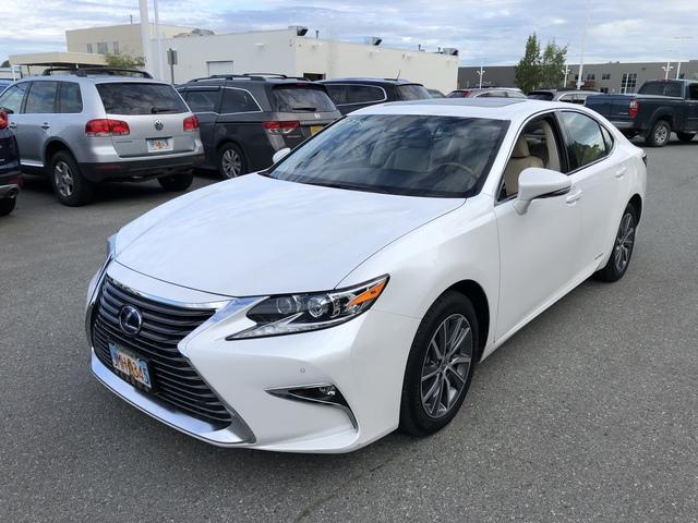 2017 Lexus ES U67777-1