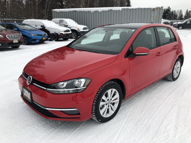 2018 Volkswagen Golf U68285-1