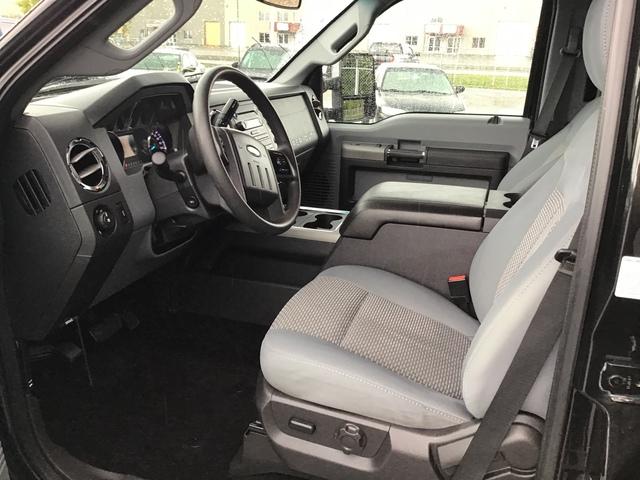 2011 Ford Super Duty F-350 SRW (U70079-1)